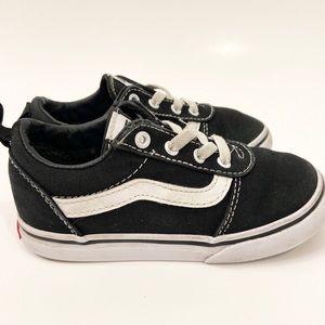Kids Toddler Vans Authentic Black Skater Shoe